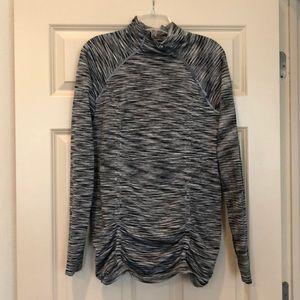 Athleta long sleeve shirt - L
